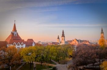 Borsos Szilárd: Kecskeméti belvárosi látkép hajnalban