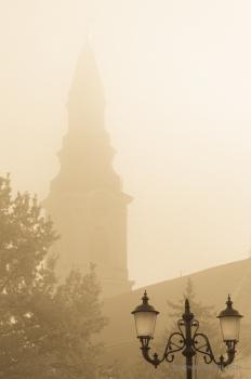 Borsos Szilárd: Köd szállong a Kecskeméti Református templom körül